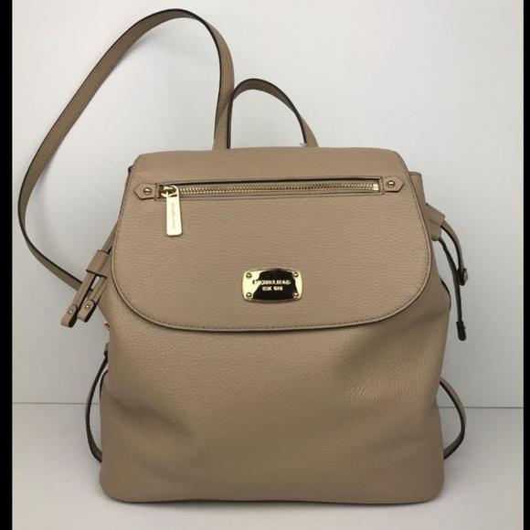 Michael Kors Bedford Zip Lg Pebbled Leather bag 2fb58f2bbf8ac